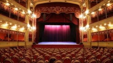 Imagen-teatro-platea_ECDIMA20140929_0012_3