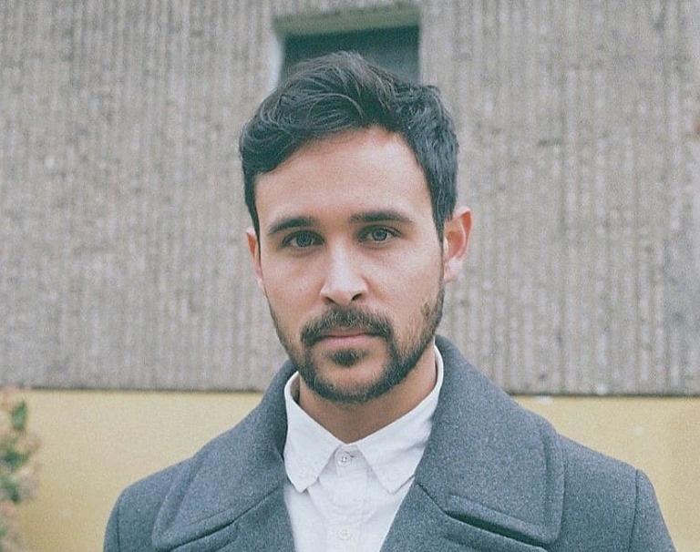 """Conoce a Max Valdés y su primer single """"Abre los ojos"""""""