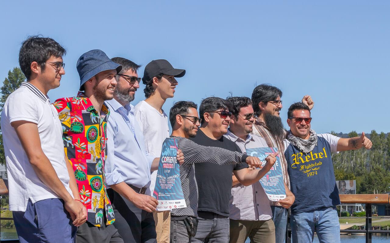 Lanzamiento ContraCorriente 2020 Valdivia - Felipe Barrientos y artistas (Foto cortesìa Manubadisi_photography) 1