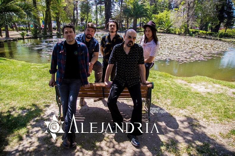 """Alejandría y su single debut: """"cuenta la historia que vivimos todos en Chile hoy en día"""""""